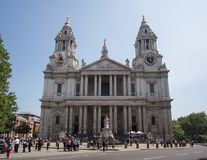 St Pauls Cathedral dans la ville de Londres photo stock
