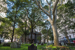St Pauls Churchyard i New York arkivfoto