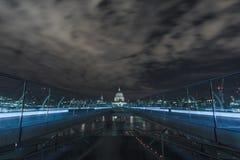 St Pauls na noite Fotografia de Stock Royalty Free