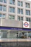 St Pauls Station en Londres Foto de archivo libre de regalías