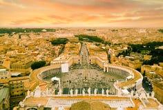 St.Peter-fyrkant och Rome royaltyfri fotografi