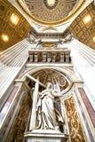In st. Peter Kathedraal in Vatikaan Royalty-vrije Stock Foto's