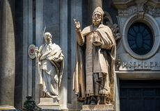 St Peter kathedraalstandbeelden stock fotografie