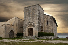 St Peter kerk in Alba Fucens Stock Afbeelding