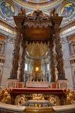 St Peter kupol i Rome Fotografering för Bildbyråer