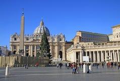 St Peter kwadrata, St Peter bazylika, i obelisk w Watykan włochy Rzymu obrazy stock