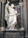 St Peter rzeźby San Juan De letrà ¡ n jest starym kościół w świacie italy Roma zdjęcia stock