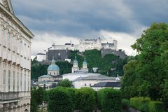 St- Peter` s Abtei und die Hohensalzburg-Festung, Österreich Lizenzfreies Stockbild