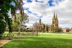 St Peter ` s Kathedraal in Noord-Adelaide wordt gevestigd die Royalty-vrije Stock Fotografie