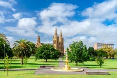 St- Peter` s Kathedrale in Adelaide-Stadt Stockfoto