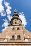 St Peter' s Kerk Riga stock foto