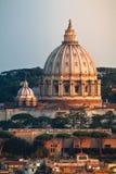St Peter ` s kopuły bazylika Rzym Włochy obraz royalty free