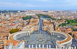 St- Peter` s Quadrat in Vatikan lizenzfreie stockfotografie