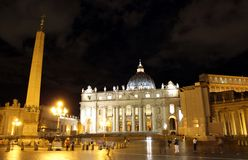 St Peter's square at night Royalty Free Stock Photography