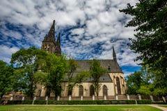 St Peter und St. Paul Basilica, Prag, Seitenansicht lizenzfreie stockfotografie