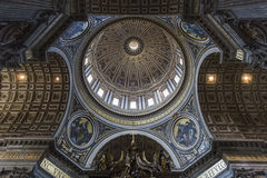 St Peter & x27; s-basilika Royaltyfria Foton