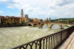 St- Peterbrücke, Verona Stockbilder