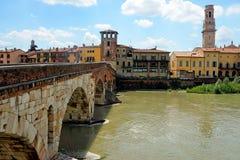 St- Peterbrücke in Verona, Italien Stockbilder