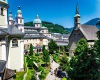 St Peters Abbey em Salzburg fotos de stock