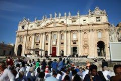 St Peters Basilica, kanonisering av Mother Teresa i Rome Arkivbilder