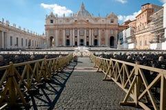 St Peters Bazyliki fachade i drewniany ogrodzenie Obraz Stock