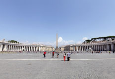 St. Peters Square in front of St. Peters Basilica Stock Photos