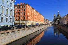St Petersbourg - église sur le canal d'annonce de sang Spilled Photos stock