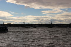 St Petersbourg des ponts en eau Image libre de droits