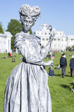 St Petersbourg, Russie - 4 juin 2017 : Festival de l'international VII de ` de parc d'Elagin de ` de théâtres de rue photo stock