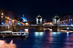 St Petersburg bij nacht Stock Foto