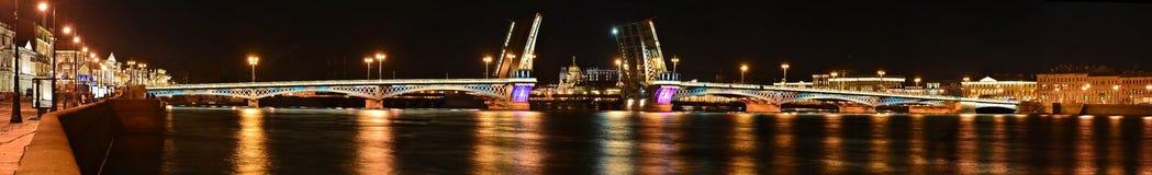 St Petersburg Blagoveshchenskii bro, Royaltyfri Fotografi