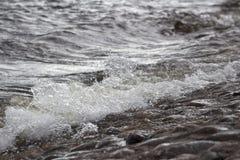 St - Petersburg Brekende golven stock foto's