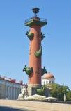 St Petersburg, colonna rostrale Immagini Stock