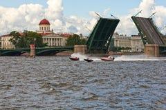 St. Petersburg, de Brug van de Uitwisseling royalty-vrije stock afbeelding