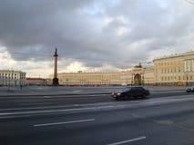 St Petersburg, el cuadrado del palacio Foto de archivo libre de regalías