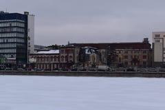 St Petersburg el edificio es terraplén viejo de la manufactura foto de archivo libre de regalías
