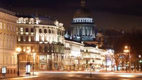 St Petersburg en la noche Foto de archivo libre de regalías
