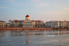 St Petersburg en soirée Image libre de droits