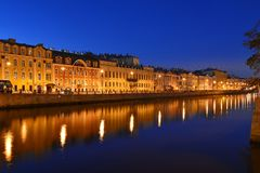 St Petersburg Fontanka flod Arkivfoto