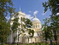 St Petersburg klosterAlexander Nevskiy lavr Royaltyfri Bild