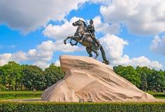 St Petersburg La Russia Il cavallerizzo Bronze Fotografie Stock Libere da Diritti