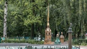 St Petersburg Mini City in Alexander Park timelapse Lay-out van Peter en Paul Cathedral stock video