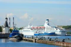 St Petersburg, navi all'ancoraggio Fotografia Stock Libera da Diritti