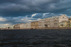 St Petersburg, Neva Fluss Stockbilder