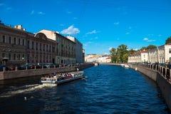 St Petersburg, Neva Fluss Lizenzfreies Stockfoto