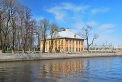 St Petersburg. Peter 1 Sommer-Palast Stockfotografie