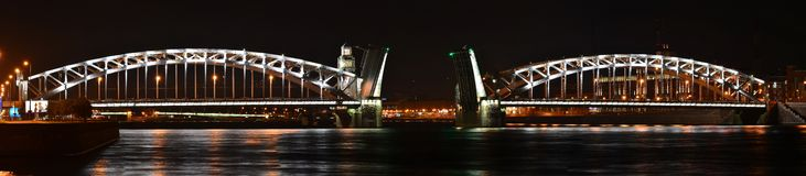 St Petersburg Peter den stora bron Fotografering för Bildbyråer