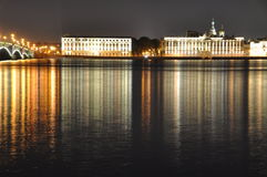 St Petersburg por noche Imagenes de archivo