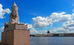 St Petersburg Quay z sfinksami Zdjęcia Royalty Free