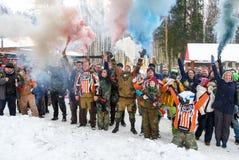 St Petersburg, Rússia - 21 de fevereiro de 2016: Jogo anual grande 'dia M' da encenação do paintball no clube de Snaker Fotografia de Stock Royalty Free